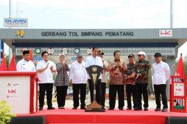 Presiden: Jalan tol ciptakan pertumbuhan ekonomi baru
