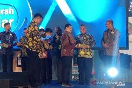 Wali Kota terima penghargaan Ki Hajar Dewantara 2019