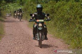 Pangdam tinjau jalur inspeksi dan patroli perbatasan Indonesia - Malaysia