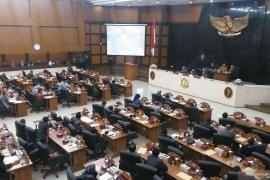 Banyak kepala OPD tak hadir rapat paripurna, DPRD Jabar hujani Ridwan Kamil dengan interupsi
