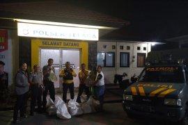 Polisi sita 11 kantong miras jenis cap tikus di Gorontalo