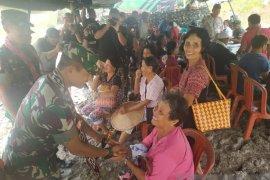 Pangdam XII Tanjungpura hadiri Petasan di perbatasan Indonesia - Malaysia