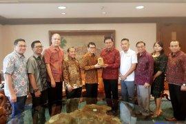 Tokoh Bali temui Menparekraf klarifikasi destinasi ramah muslim