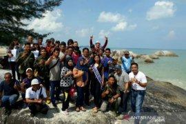 Putri Pariwisata Babel dorong komunitas kelola Pantai Penganak