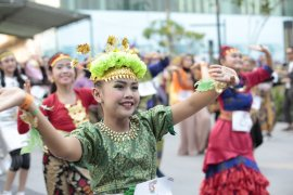 Ribuan peserta meriahkan Indonesia Menari 2019