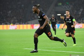 Batshuayi ingin bertahan dan berjuang posisi inti di Chelsea