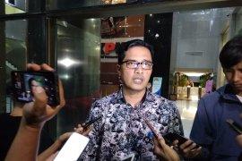 KPK panggil 14 saksi kasus suap proyek  Pemkot Medan
