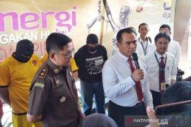 Ayah-anak asal Bogor raup Rp92 miliar dari faktur pajak palsu
