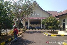 DPRD Cianjur minta kaji ulang rencana penghapusan IMB dan Amdal