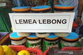 """""""Lemea"""" olahan bambu khas Lebong diminati pengunjung festival pesisir"""