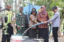 Wawali Kediri kawal pendistribusian air bersih