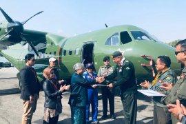 Pesawat CN-235-220 buatan Indonesia terbangi langit Himalaya Nepal