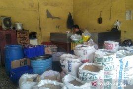 Penjualan pakan ternak menurun akibat harga melambung