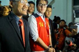 Aktor Kris Hatta dituntut 10 bulan pidana penjara