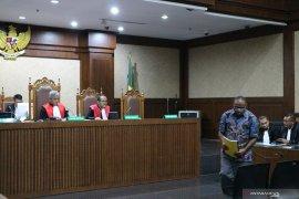 Mantan Kadis PU Papua didakwa rugikan negara Rp40,931 miliar