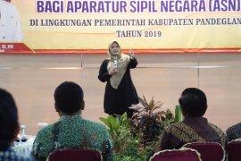Irna minta para Pejabat Purna terus bangun Pandeglang