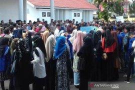 Mahasiswa Aceh Tengah tuntut janji penegrian UGP Takengon