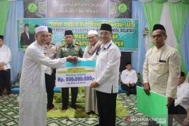 Bupati HSS hadiri safari maulid di Masjid Al Hidayah Kapuh