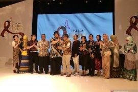 Desainer Ivan Gunawan sarankan Jatim giat promosi batik di Jakarta