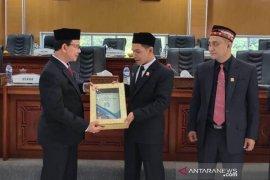 Bupati serahkan rancangan APBK Aceh Jaya TA 2020