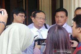 Menko Polhukam Mahfud MD sambangi KPK laporkan LHKPN