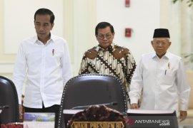Jokowi umumkan 12 orang staf khusus hari ini