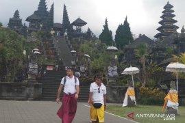 Wagub imbau wisatawan unggah foto citra positif Bali