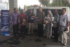 BNI Syariah serahkan ambulans untuk ACT Aceh