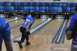 Atlet Bowling putra Indonesia lolos delapan besar Qubical AMF Page 3 Small