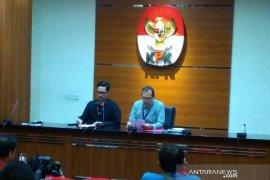 Terkait kasus suap perizinan dan properti Kabupaten Cirebon, KPK panggil tiga saksi