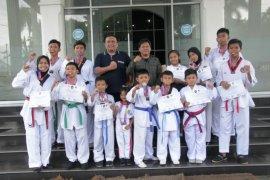 Atlet taekwondo Pematangsiantar raih prestasi di ajang nasional dan internasional
