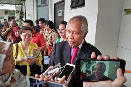 OC Kaligis minta usut kematian Aan warga Bengkulu yang ditembak Novel Baswedan