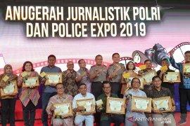 Lagi, pewarta ANTARA Riau juara lomba jurnalistik. Kali ini Polri jadi