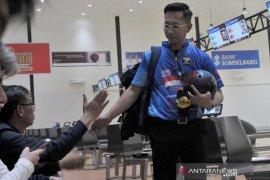 Rian Lalisang gagal rebut piala Bowling World Cup  Page 3 Small