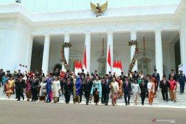 Survei Prabowo kinerja baik, PDIP: Jokowi berhasil tempatkan orang