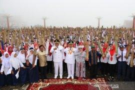"Puncak HUT ke-69 Tapsel, ribuan orang mainkan alat musik tradisional ""nung-neng"""