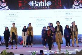 Festival Batik Banyuwangi mampu dongkrak kualitas produk lokal