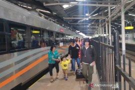 PT KAI Daop 2 siapkan kereta api tambahan untuk Natal dan Tahun Baru
