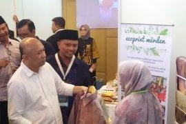 "Menkop UKM : Bali bisa jadi ""showroom"" produk UMKM Indonesia (video)"