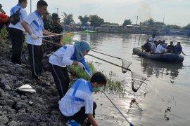 Jasa Raharja Babel ikut gotong royong akbar cegah banjir