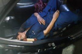 Seorang hakim Pengadilan Negeri Jaktim ditemukan meninggal di mobil