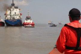 Kebakaran KM Tanto Ceria di Pelabuhan Gresik tak ganggu alur pelayaran