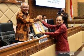 Gubernur Koster serahkan draf RUU Provinsi Bali ke DPR