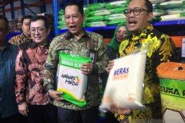 Perum Bulog jual beras ke BUMN-TNI/Polri hingga ASN