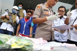 Polrestabes Surabaya ungkap peredaran 7,2 kg sabu-sabu asal Malaysia