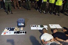 Kodim bersama Polres Jaksel gerebek pengguna narkoba di Rumdin TNI