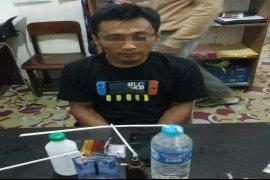 Pengedar sabu-sabu ditangkap polisi di parkiran hotel di Muara Teweh