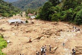 Akibat banjir bandang, suplai air PDAM Solok Selatan terhenti