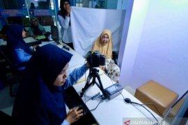 Imigrasi Banda Aceh permudah buat paspor orang sakit