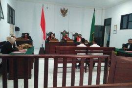 Dua terdakwa narkoba mengaku beli ganja untuk dikonsumsi